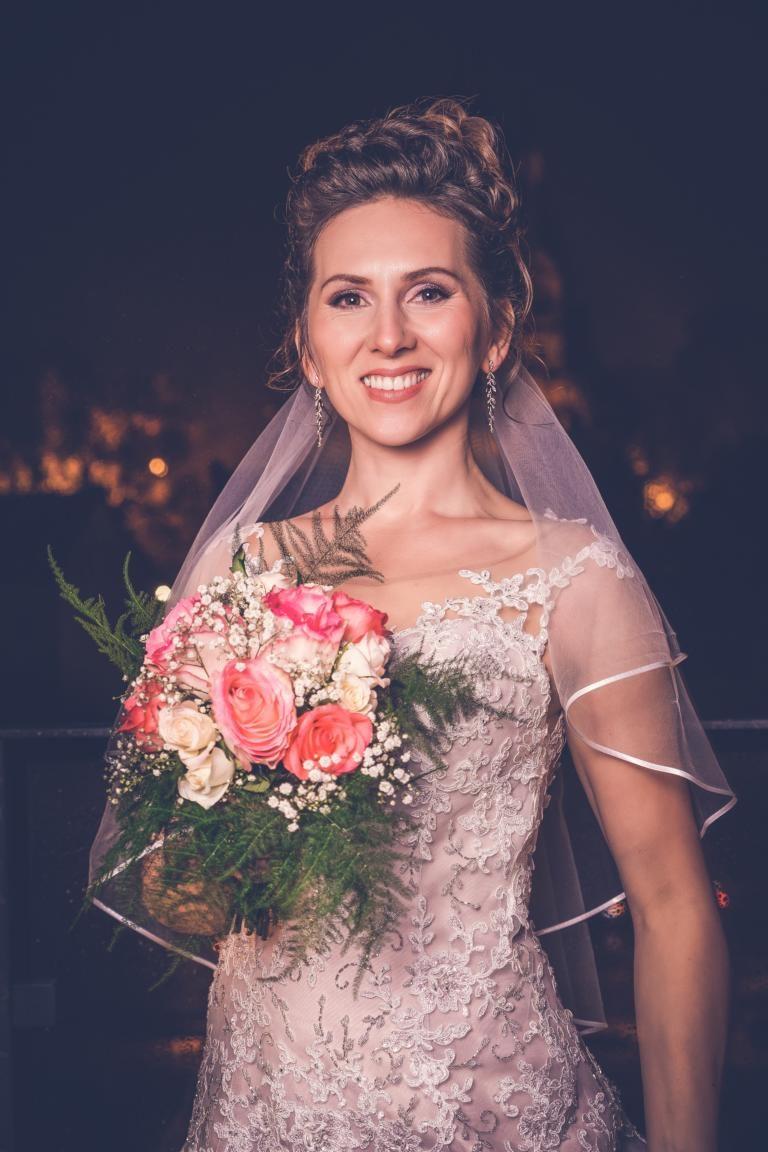 Braut-Hochzeitsfotograf-Düsseldorf-Hochzeit-Brautkleid