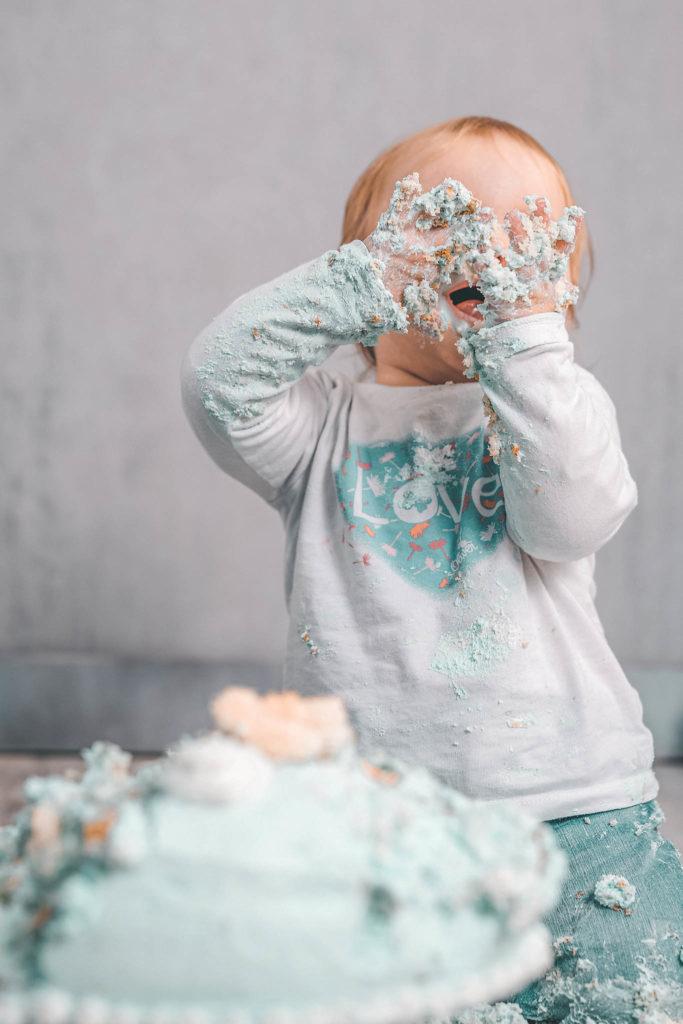 Cake-Smash-Fotostudio-Set-Dekoration-Torte-Kuchen-Baby-Fotografin-Düsseldorf