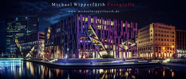 Kö Bogen - Düsseldorf - Architektur - Nacht - Fotografie - Panorama - Michael Wipperfürth - Fotograf